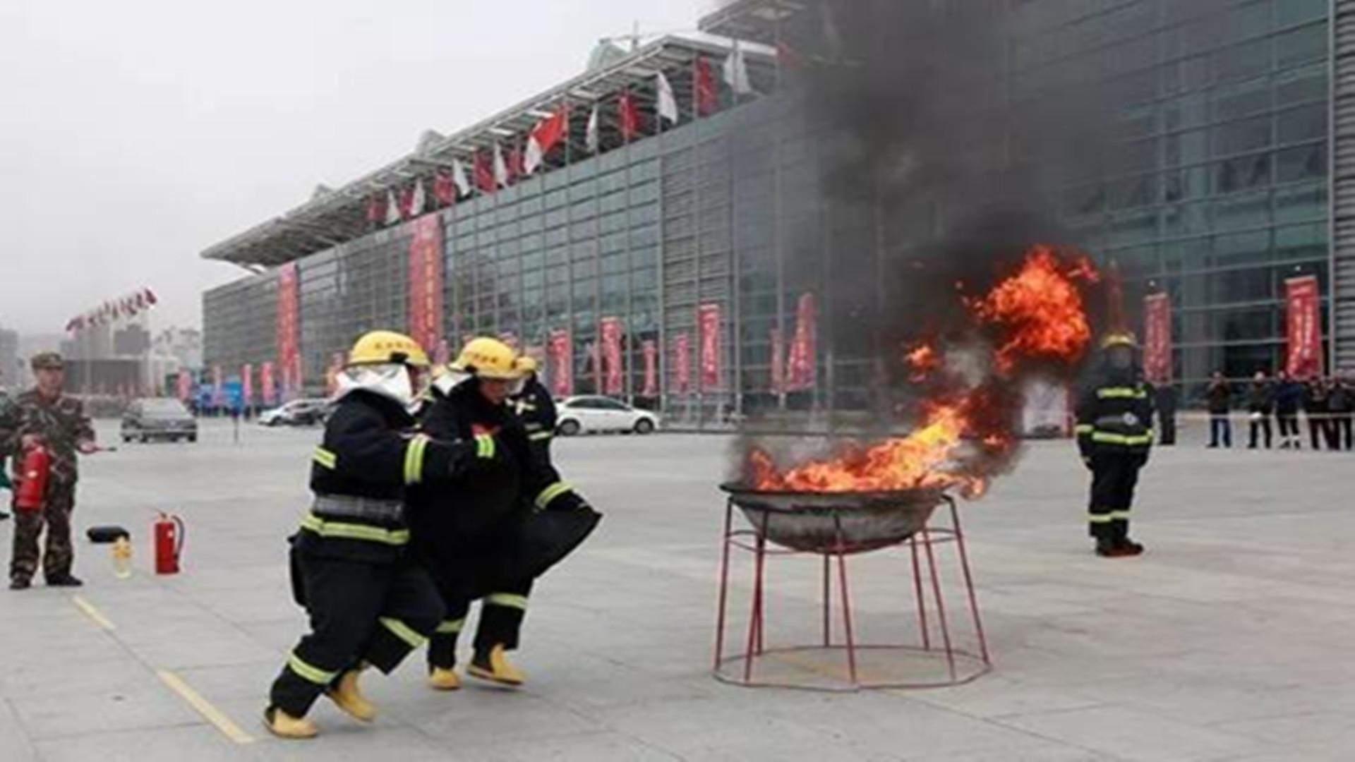 甘肃省住建厅:建设领域禁止使用易燃保温材料EPS