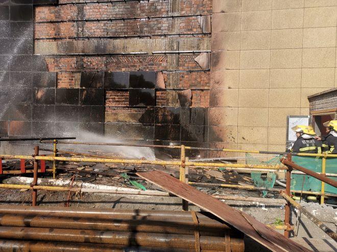 又一在建工地保温材料起火